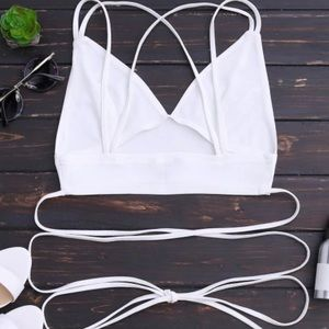 Zaful Tops - Brand new strappy crossover bralette/ crop top